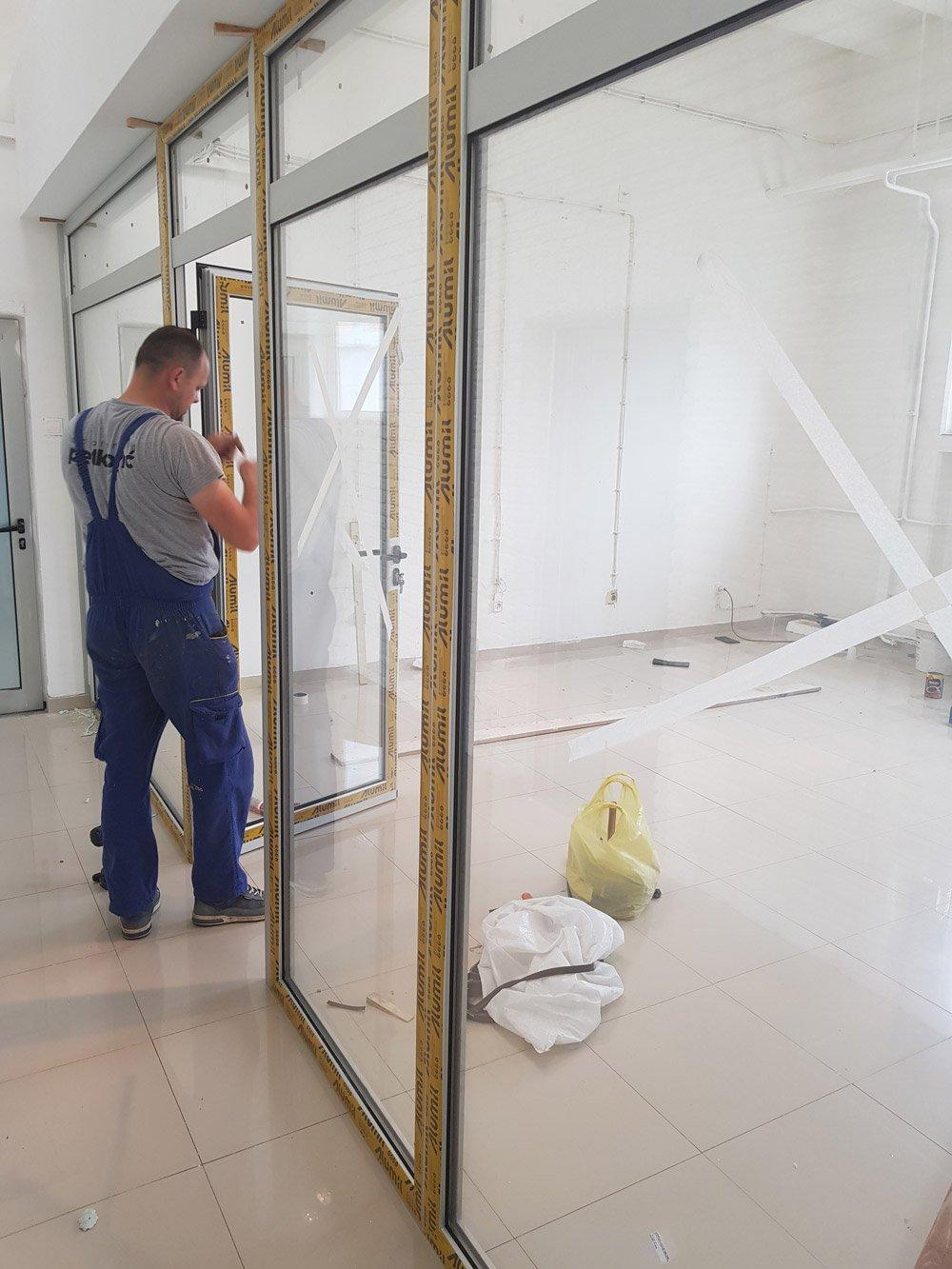 ugradnja aluminijumske stolarije kancelarijske pregrade