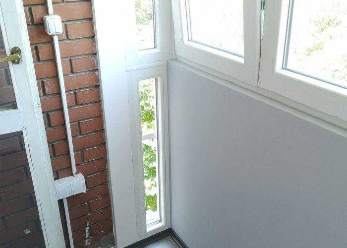 Zastakljeno,-uradjena-izolacija-zidova,-poda-i-plafona,-dobila-mini-office-za-rad-od-kuce